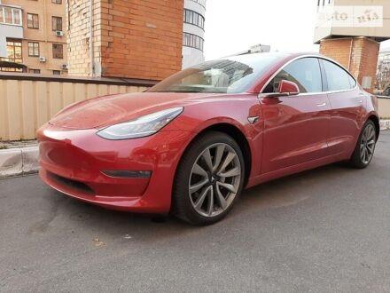 Красный Тесла Модель 3, объемом двигателя 0 л и пробегом 31 тыс. км за 42700 $, фото 1 на Automoto.ua