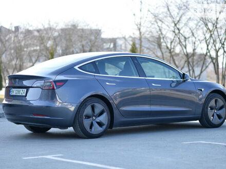 Серый Тесла Модель 3, объемом двигателя 0 л и пробегом 29 тыс. км за 31800 $, фото 1 на Automoto.ua