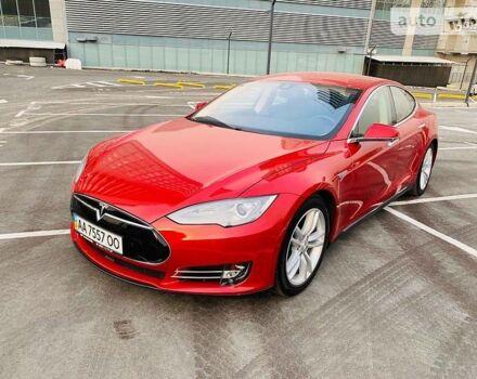 Червоний Тесла Модель С, об'ємом двигуна 0 л та пробігом 80 тис. км за 37900 $, фото 1 на Automoto.ua