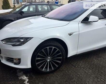 Белый Тесла Модель С, объемом двигателя 0 л и пробегом 57 тыс. км за 55000 $, фото 1 на Automoto.ua