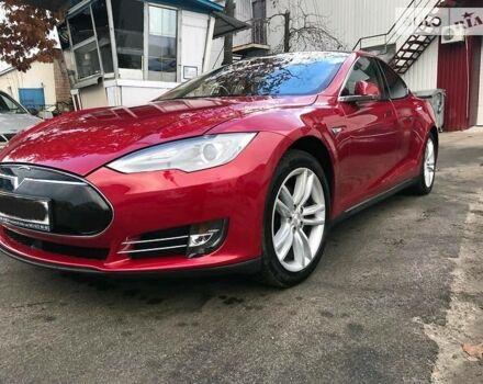 Красный Тесла Модель С, объемом двигателя 0 л и пробегом 32 тыс. км за 68000 $, фото 1 на Automoto.ua