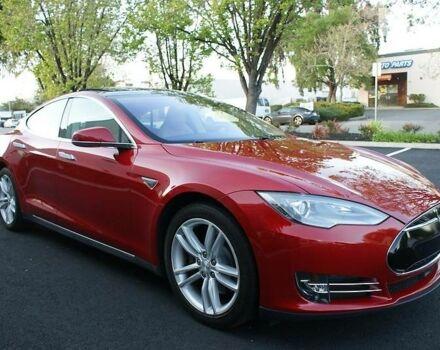 Червоний Тесла Модель С, об'ємом двигуна 0 л та пробігом 35 тис. км за 69500 $, фото 1 на Automoto.ua