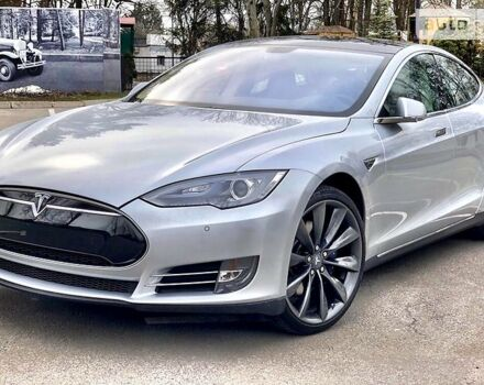 Срібний Тесла Модель С, об'ємом двигуна 1 л та пробігом 30 тис. км за 46500 $, фото 1 на Automoto.ua
