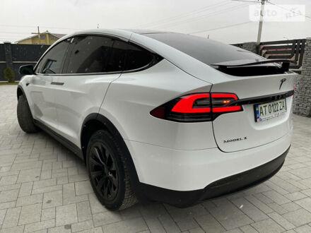 Белый Тесла Модель Х, объемом двигателя 0 л и пробегом 76 тыс. км за 56000 $, фото 1 на Automoto.ua