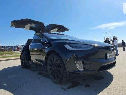 Чорний Тесла Модель Х, об'ємом двигуна 0 л та пробігом 65 тис. км за 71200 $, фото 1 на Automoto.ua