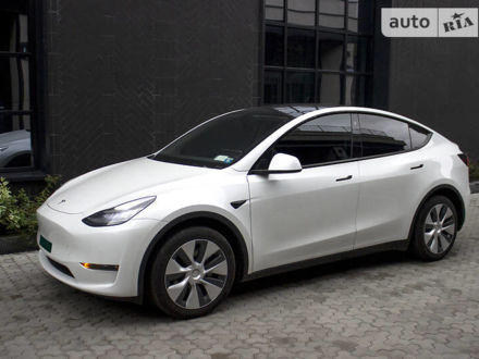 Білий Тесла Model Y, об'ємом двигуна 0 л та пробігом 6 тис. км за 66500 $, фото 1 на Automoto.ua