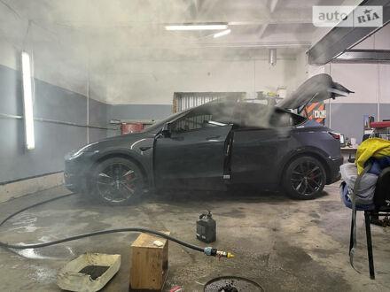Сірий Тесла Model Y, об'ємом двигуна 0 л та пробігом 9 тис. км за 75500 $, фото 1 на Automoto.ua