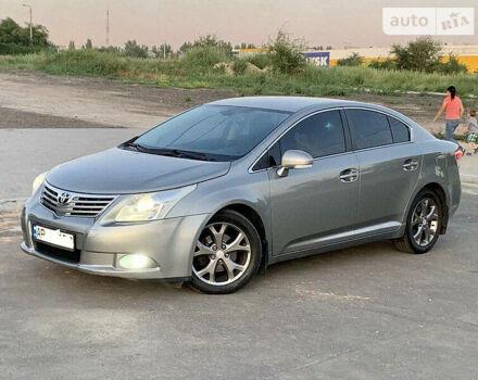 Сірий Тойота Авенсіс, об'ємом двигуна 1.8 л та пробігом 153 тис. км за 9400 $, фото 1 на Automoto.ua