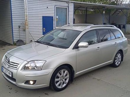 Серый Тойота Авенсис, объемом двигателя 2 л и пробегом 230 тыс. км за 7200 $, фото 1 на Automoto.ua