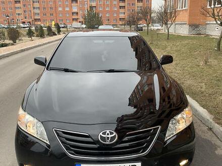 Черный Тойота Камри, объемом двигателя 2.4 л и пробегом 163 тыс. км за 10600 $, фото 1 на Automoto.ua
