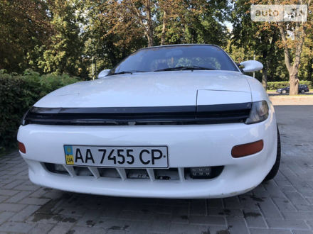 Белый Тойота Селика, объемом двигателя 1.6 л и пробегом 200 тыс. км за 3200 $, фото 1 на Automoto.ua