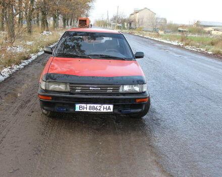 Красный Тойота Королла, объемом двигателя 1.3 л и пробегом 430 тыс. км за 2000 $, фото 1 на Automoto.ua
