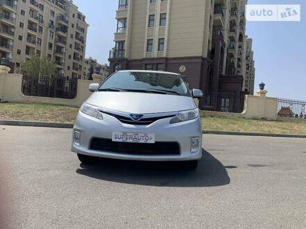 Серый Тойота Эстима, объемом двигателя 2.4 л и пробегом 55 тыс. км за 14300 $, фото 1 на Automoto.ua
