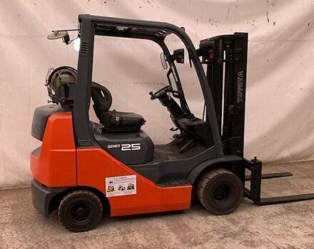 Оранжевый Тойота ФГФ, объемом двигателя 2.3 л и пробегом 5 тыс. км за 11878 $, фото 1 на Automoto.ua