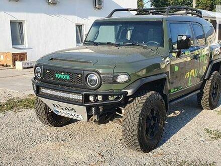 Зелений Тойота ФЖ Крузер, об'ємом двигуна 4 л та пробігом 79 тис. км за 35100 $, фото 1 на Automoto.ua