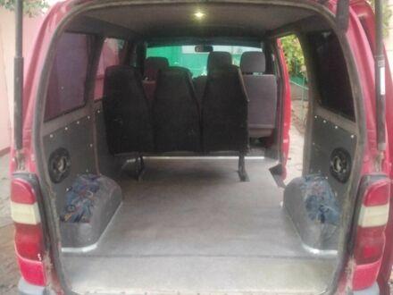 Красный Тойота Хиасе, объемом двигателя 2.4 л и пробегом 1 тыс. км за 5900 $, фото 1 на Automoto.ua