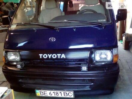 Синий Тойота Хайс пасс., объемом двигателя 2.4 л и пробегом 340 тыс. км за 3100 $, фото 1 на Automoto.ua