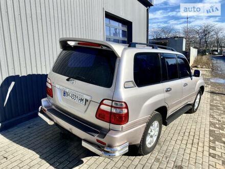 Серый Тойота Ленд Крузер 100, объемом двигателя 4.7 л и пробегом 277 тыс. км за 15000 $, фото 1 на Automoto.ua