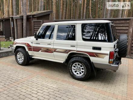 Белый Тойота Ленд Крузер 76, объемом двигателя 4.2 л и пробегом 13 тыс. км за 57999 $, фото 1 на Automoto.ua