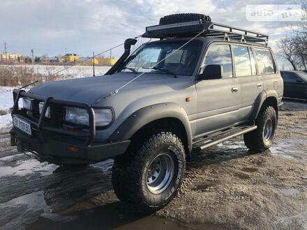 Серый Тойота Ленд Крузер 80, объемом двигателя 4.2 л и пробегом 250 тыс. км за 22500 $, фото 1 на Automoto.ua