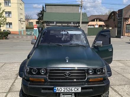 Зеленый Тойота Ленд Крузер 80, объемом двигателя 4.5 л и пробегом 273 тыс. км за 18500 $, фото 1 на Automoto.ua