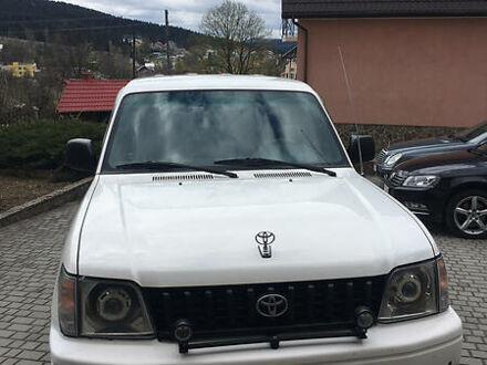 Белый Тойота Ленд Крузер 90, объемом двигателя 2.7 л и пробегом 295 тыс. км за 9200 $, фото 1 на Automoto.ua