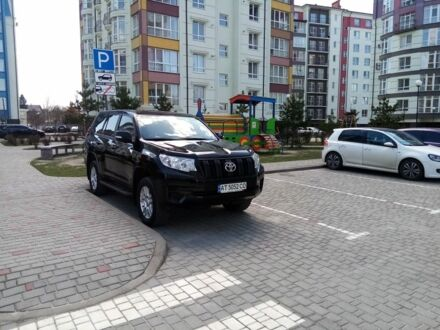 Чорний Тойота Ленд Крузер Прадо 150, об'ємом двигуна 2.7 л та пробігом 81 тис. км за 33900 $, фото 1 на Automoto.ua