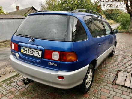 Синій Тойота Пікнік, об'ємом двигуна 2 л та пробігом 356 тис. км за 4450 $, фото 1 на Automoto.ua