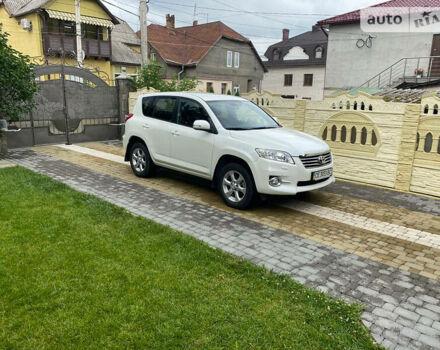 Белый Тойота РАВ 4, об'ємом двигуна 2 л та пробігом 62 тис. км за 15500 $, фото 1 на Automoto.ua