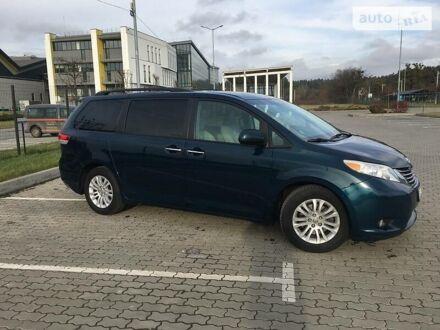 Зеленый Тойота Сиенна, объемом двигателя 3.5 л и пробегом 104 тыс. км за 23000 $, фото 1 на Automoto.ua