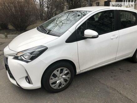 Белый Тойота Ярис, объемом двигателя 1.5 л и пробегом 20 тыс. км за 15100 $, фото 1 на Automoto.ua