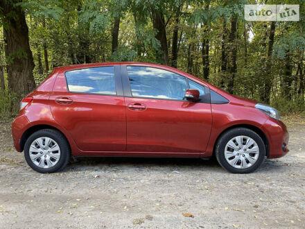 Красный Тойота Ярис, объемом двигателя 1.3 л и пробегом 145 тыс. км за 10500 $, фото 1 на Automoto.ua