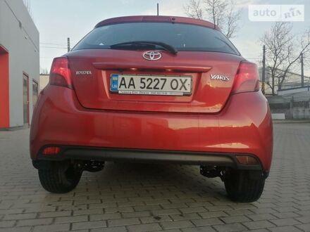 Красный Тойота Ярис, объемом двигателя 1.3 л и пробегом 55 тыс. км за 13500 $, фото 1 на Automoto.ua