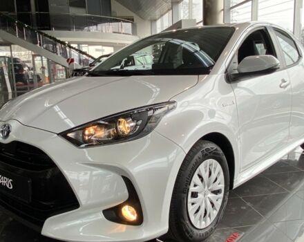 купить новое авто Тойота Ярис 2021 года от официального дилера Тойота на Столичному Тойота фото