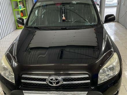 Черный Тойота RAV4 EV, объемом двигателя 2 л и пробегом 158 тыс. км за 11450 $, фото 1 на Automoto.ua