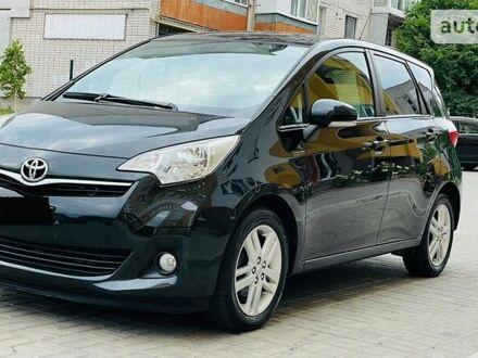 Чорний Тойота Verso-S, об'ємом двигуна 0 л та пробігом 181 тис. км за 7500 $, фото 1 на Automoto.ua