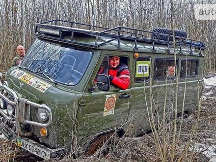 Зеленый УАЗ 2206, объемом двигателя 3 л и пробегом 100 тыс. км за 6300 $, фото 1 на Automoto.ua