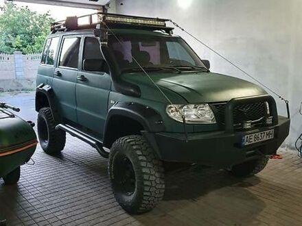 Зелений УАЗ 3163, об'ємом двигуна 2.7 л та пробігом 110 тис. км за 10000 $, фото 1 на Automoto.ua