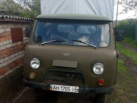Зелений УАЗ 3303, об'ємом двигуна 2.4 л та пробігом 60 тис. км за 1700 $, фото 1 на Automoto.ua