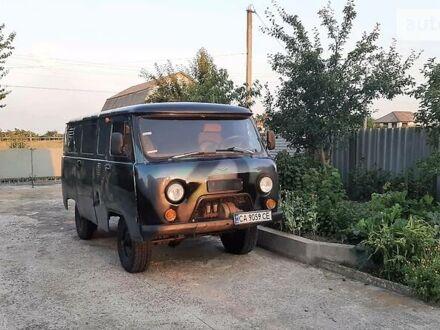 Сірий УАЗ 3741, об'ємом двигуна 2.4 л та пробігом 60 тис. км за 3300 $, фото 1 на Automoto.ua