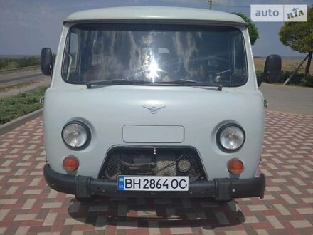Серый УАЗ 3909, объемом двигателя 2.4 л и пробегом 73 тыс. км за 3600 $, фото 1 на Automoto.ua
