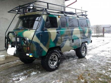Зеленый УАЗ 452 пасс., объемом двигателя 2.4 л и пробегом 96 тыс. км за 7500 $, фото 1 на Automoto.ua