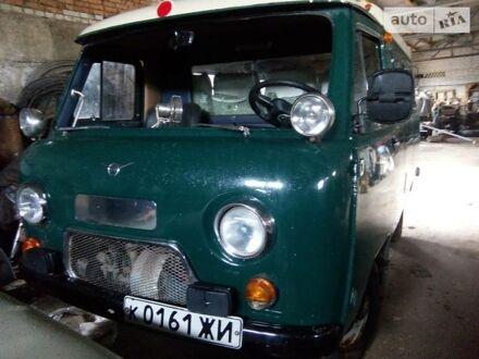 Зелений УАЗ 452 пасс., об'ємом двигуна 2.45 л та пробігом 10 тис. км за 3800 $, фото 1 на Automoto.ua