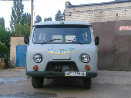 Серый УАЗ 452, объемом двигателя 2 л и пробегом 70 тыс. км за 2500 $, фото 1 на Automoto.ua