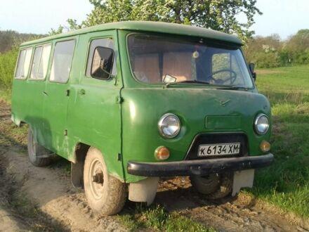 Зеленый УАЗ 452, объемом двигателя 2.4 л и пробегом 48 тыс. км за 1000 $, фото 1 на Automoto.ua