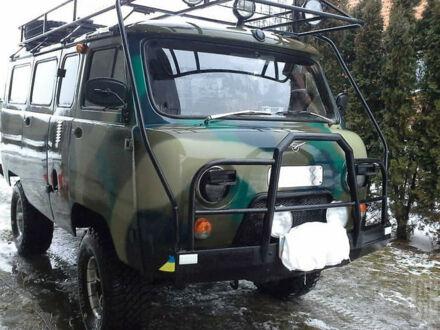 Зелений УАЗ 452, об'ємом двигуна 2.4 л та пробігом 96 тис. км за 7500 $, фото 1 на Automoto.ua