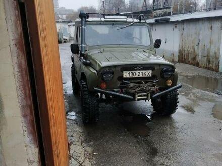 Зелений УАЗ 469, об'ємом двигуна 2.5 л та пробігом 10 тис. км за 3500 $, фото 1 на Automoto.ua