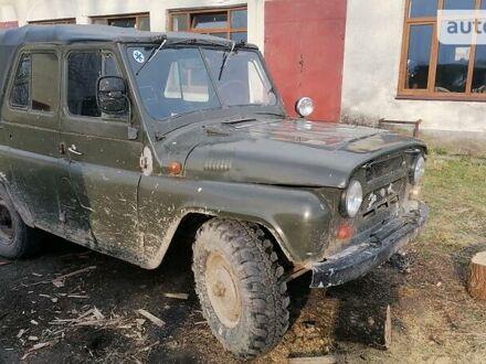 Зелений УАЗ 469Б, об'ємом двигуна 2.4 л та пробігом 60 тис. км за 1800 $, фото 1 на Automoto.ua