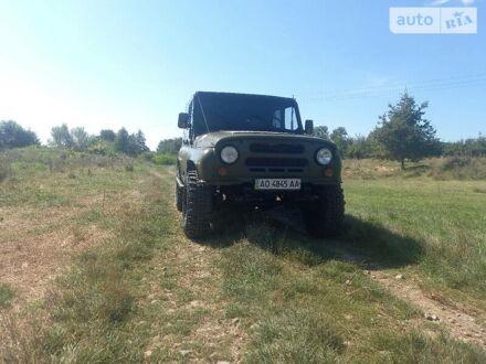 Зеленый УАЗ 469Б, объемом двигателя 2.4 л и пробегом 158 тыс. км за 3999 $, фото 1 на Automoto.ua