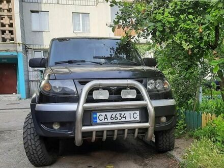 Черный УАЗ Патриот, объемом двигателя 2.7 л и пробегом 198 тыс. км за 4850 $, фото 1 на Automoto.ua
